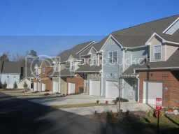 Cole Place Townhomes Neighborhood